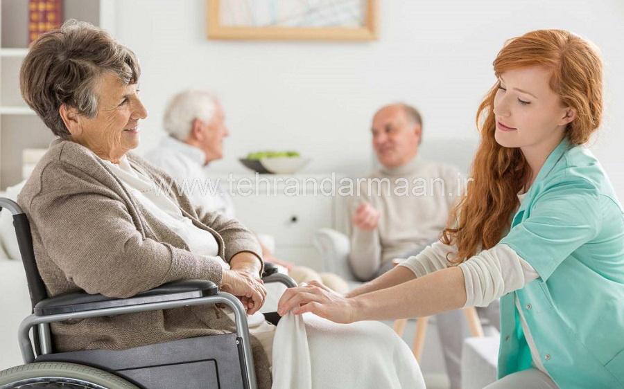 نگهداری از سالمند در منزل در سريع ترين زمان